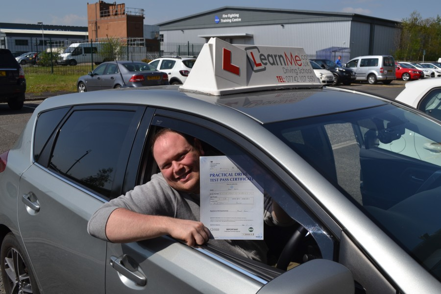 Driving lessons Renfrew